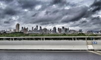 黑云翻墨望都市
