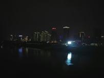 坚果手机拍夜景和灯光下的事物