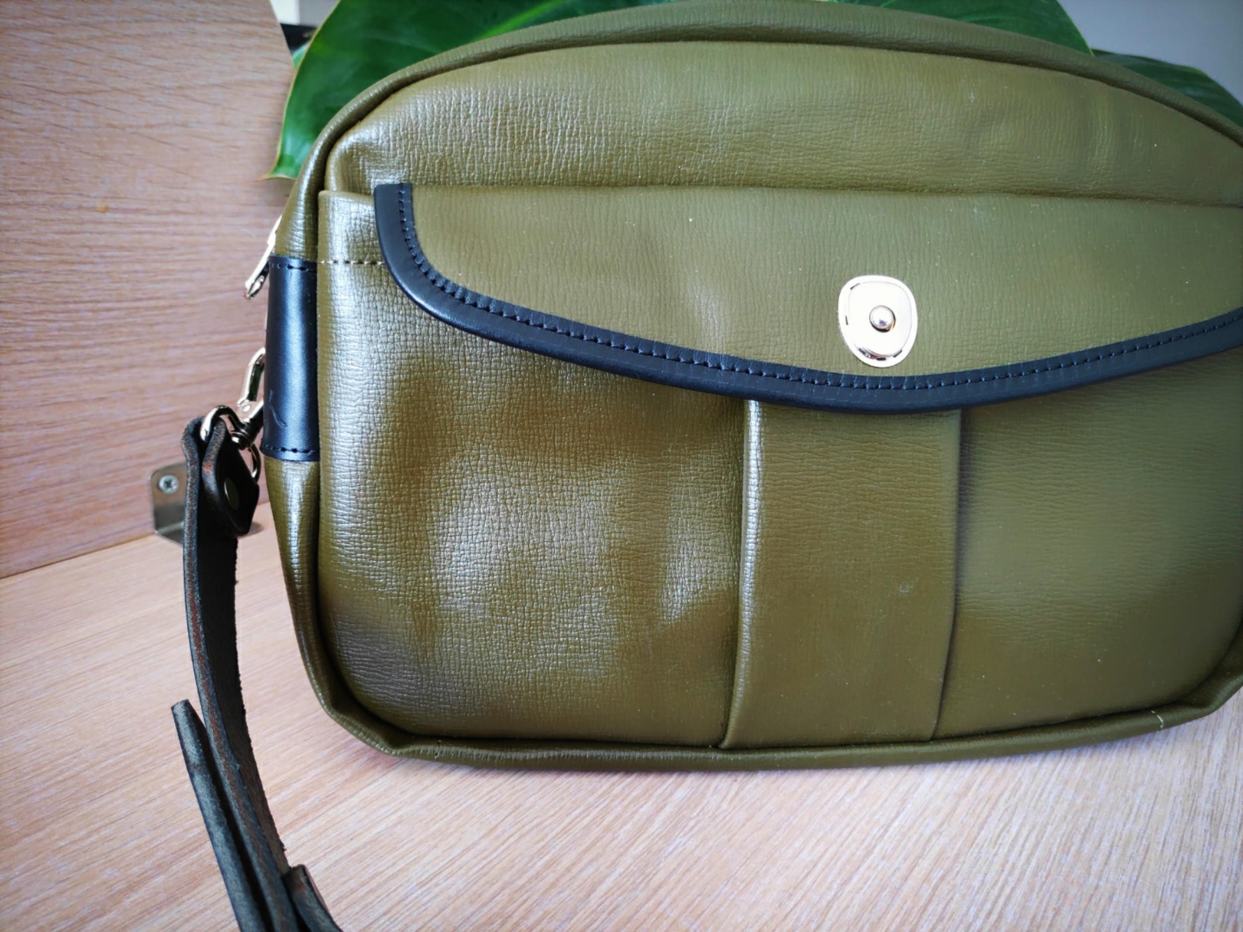 80年代运粮袋改造斜挎包。