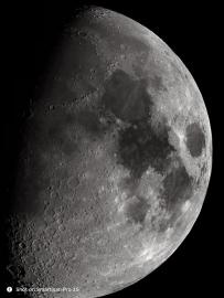 不就拍个月亮吗?看把小米和华为给骄傲的,锤子也能