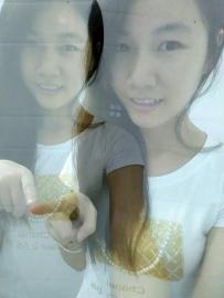 我与我的双胞胎姐妹(双重曝光)
